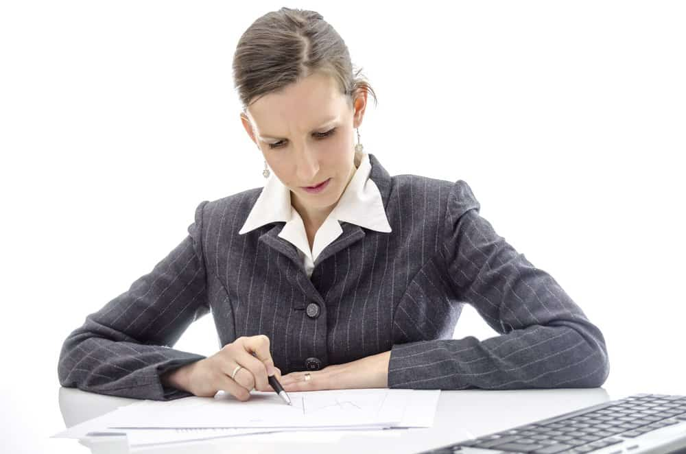 Who should review batch records?  The mistake in GMP